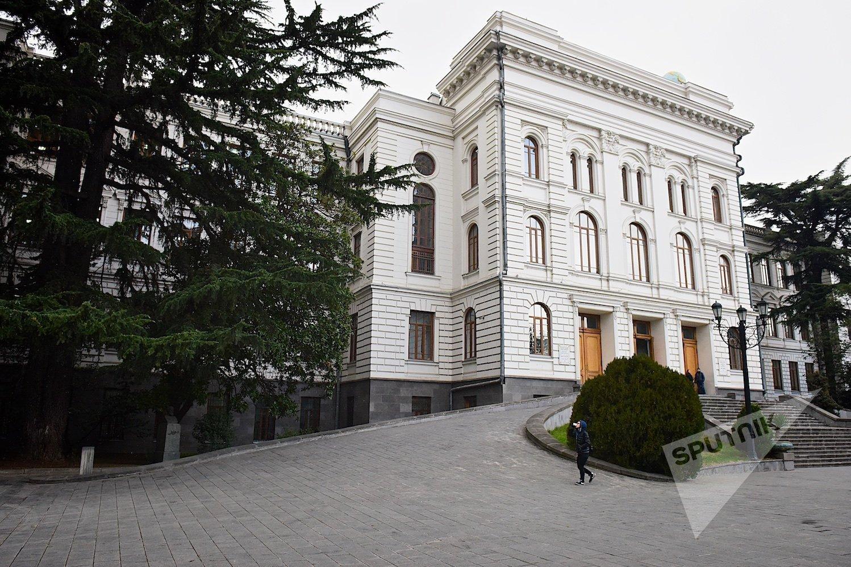 თბილისის სახელმწიფო უნივერსიტეტის პირველი კორპუსის შენობა