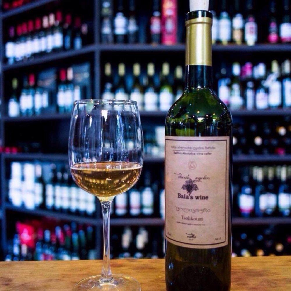 ბაია აბულაძის ღვინო