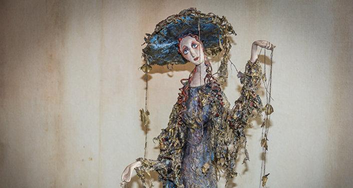 Кукла Осень работы Ирены Оганджановой