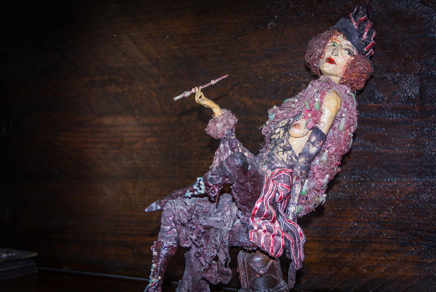 Кукла работы Ирены Оганджановой