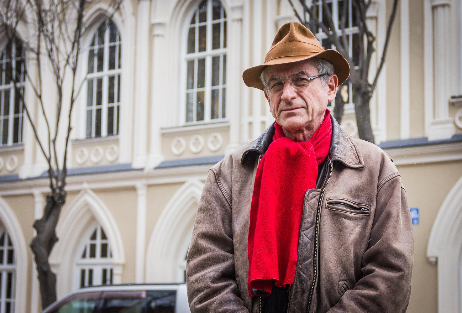 Бывший французский дипломат Жиль Карассо