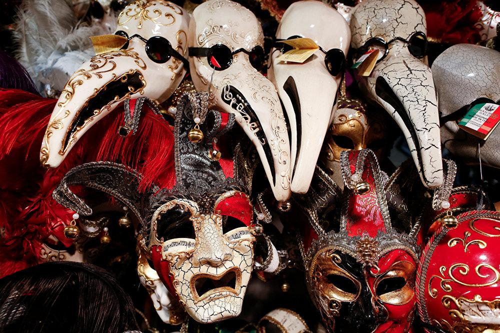 Происхождение масок в венеции