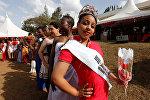 Мисс Лангатской тюрьмы 2016 Руфь Каманде позирует фотографу во время праздничного модного дефиле Любовь за решеткой, посвященного Дню Святого Валентина. Лангатская тюрьма максимально строгого режима расположена в столице Кении - Найроби и является одной из самых охраняемых тюрем в мире
