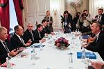 Глава МИД РФ Сергей Лавров и генсек НАТО Йенс Столтенберг