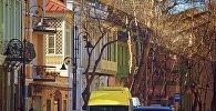 Проспект Агмашенебели в историческом центре Тбилиси