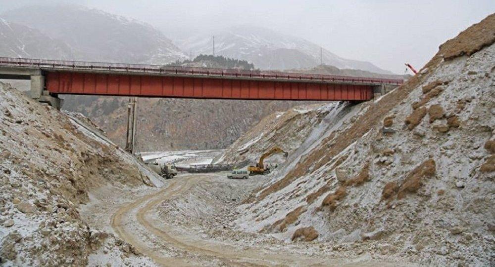 Строительство моста на Военно-Грузинской дороге