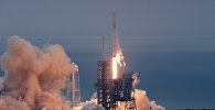 Ракета-носитель Falcon 9 с космическим кораблем Dragon стартовала с мыса Канаверал для доставки груза для МКС