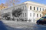 Здание бывшего кадетского корпуса в Тбилиси, где сейчас находится музей современного искусства Зураба Церетели