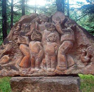 Скульптура в парке армянского города Иджеван