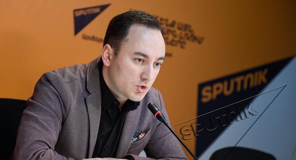 Видеомост в Sputnik Армения. Джонни Меликян
