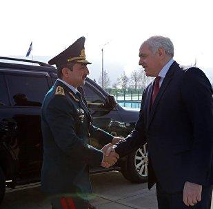 Министр внутренних дел Грузии Георгий Мгебришвили с главой Государственной пограничной службы Азербайджана Эльчином Гулиевым