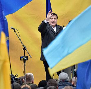 Бывший президент Грузии Михаил Саакашвили на митинге своих сторонников в Киеве