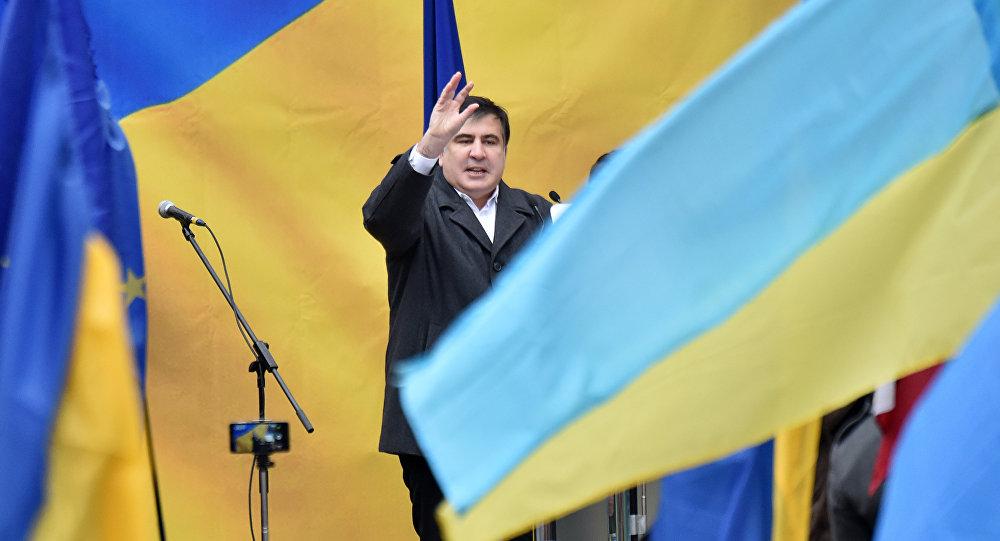 Порошенко ведет переговоры обэкстрадиции Саакашвили вГрузию: политик