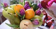 Вкусный букет: как необычно поздравить женщину с 8 марта