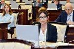 Мехрибан Алиева в парламенте Азербайджана, фото из архива