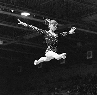 Заслуженный мастер спорта СССР по гимнастике Елена Мухина