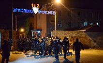პოლიციის სპეცრაზმი ბათუმის ქუჩებში არეულობის აღსაკვეთად გამოჰყავთ