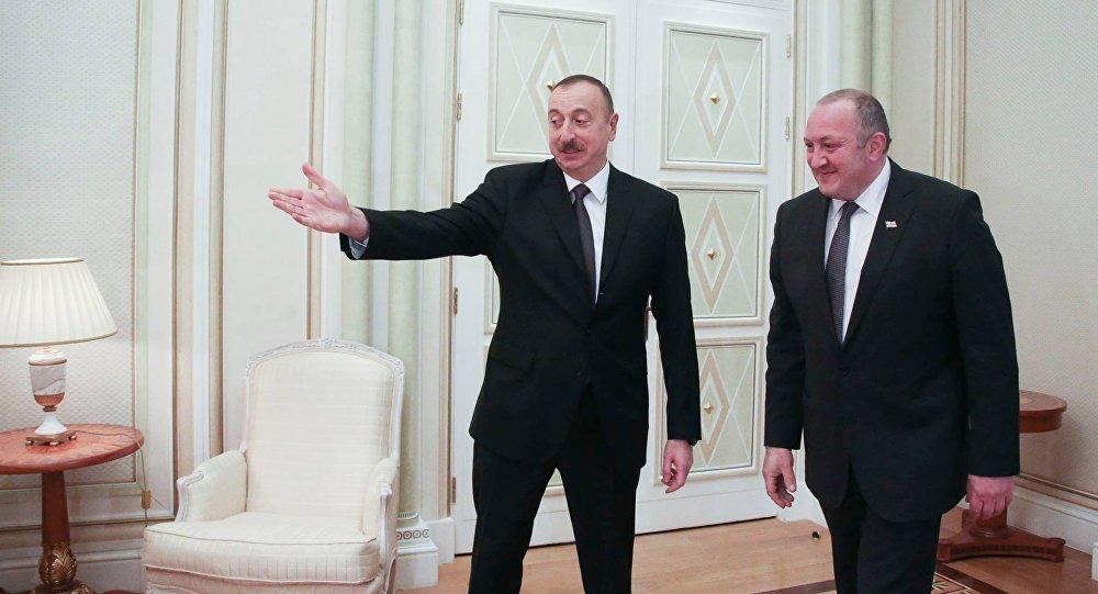 Президенты Грузии иАзербайджана провели встречу вАзербайджанской столице
