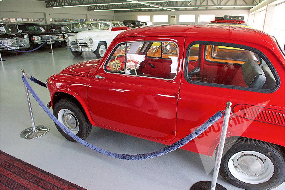 ავტომობილი ЗАЗ-965A თბილისის ავტომუზეუმში