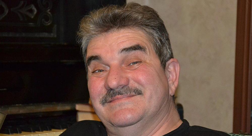 Александр Милкумов