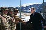 Премьер Грузии Георгий Квирикашвили посетил пограничный сектор Омало