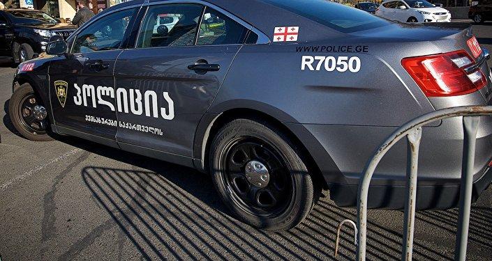 Полицейская патрульная машина