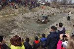 Грязные гонки под Бишкеком — кадры соревнований внедорожников