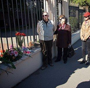 В столице Грузии почтили память жертв взрыва в метро Петербурга