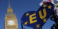 Плакат с изображением Евросоюза во время митинга, сопровождаемого маршем против Брексита, проевропейского союза (ЕС) в Лондоне
