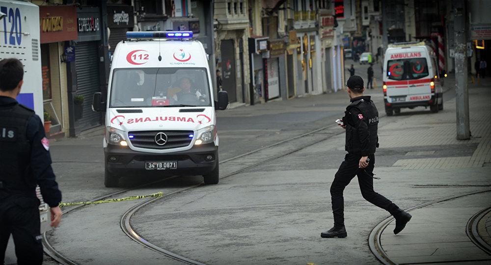 Автобус с детьми из Грузии перевернулся в Турции
