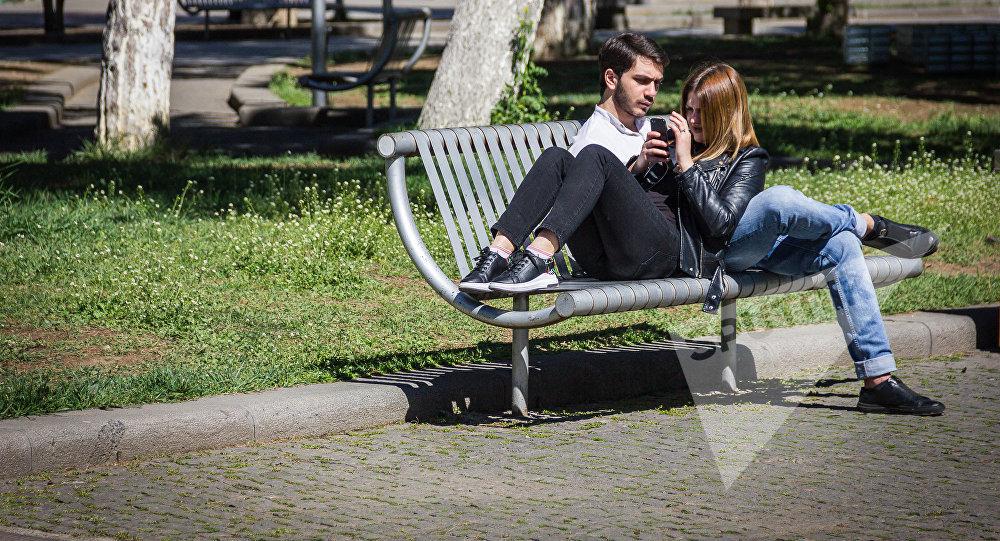 Обмен женами - смотреть порно видео онлайн бесплатно