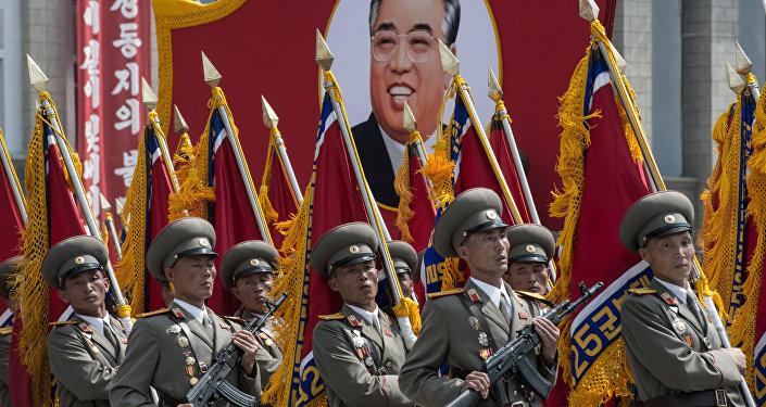 სამხედრო აღლუმი ჩრდილოეთ კორეაში