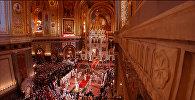 Крестный ход и Благодатный огонь: пасхальное богослужение в Москве