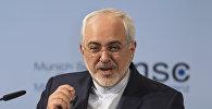 Министр иностранных дел Ирана Мохаммад Джавад Зариф, принимает участие в последний день Мюнхенской конференции по безопасности в Мюнхене