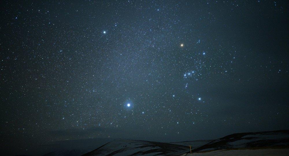 NASA опубликовало фото летящего кЗемле астероида