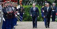 Министры обороны Грузии и Франции Леван Изория и Жан-Ив Ле Дриан
