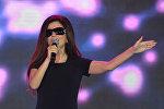 Певица Диана Гурцкая выступает на церемонии вручения премии Я-гражданин в рамках форума активных граждан Сообщество в Москве