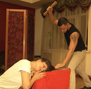 Парикмахер с топором из Сибири