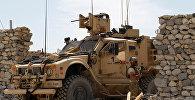 Американские солдаты на месте нападения боевиков в районе Ачин в Афганистане