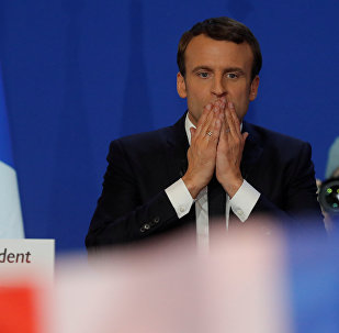 Эммануэль Макрон, кандидат на президентских выборах в 2017 году, после первого раунда президентских выборов Франции в Париже