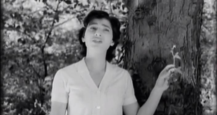 Грузинская певица Нани Брегвадзе