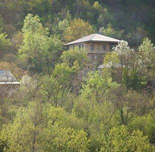 სახლი მთებში