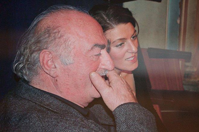 Джемал Чкуасели, бывший худрук Эрисиони, на одном из концертов ансамбля