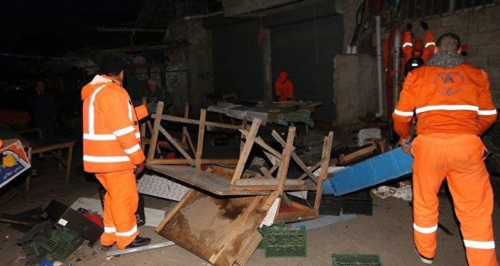 Очистительные работы у метро Ахметели