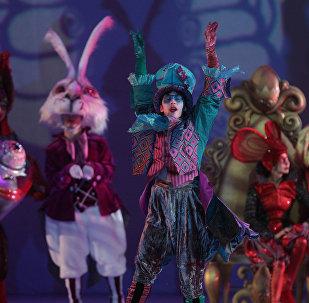 Ледовое шоу Алиса в стране чудес