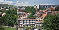 Вид с верхней станции канатки на центр Тбилиси - район Авлабари