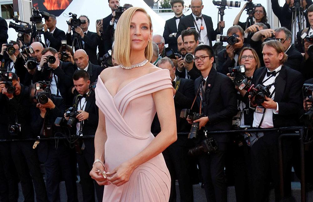 Ума Турман на церемонии открытия Каннского кинофестиваля