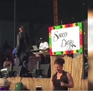 ვიდეოკლუბი: სნუპ დოგის თარჯიმანი