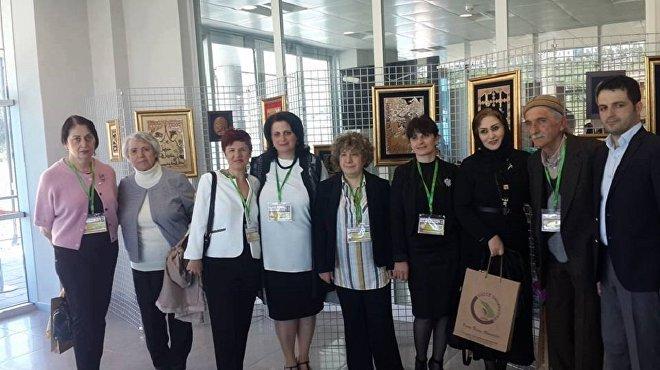 თურქეთის ქალაქ დუზჯეს უნივერსიტეტში შოთა რუსთაველის 850 წლისთავისადმი მიძღვნილი სიმპოზიუმის მონაწილეები