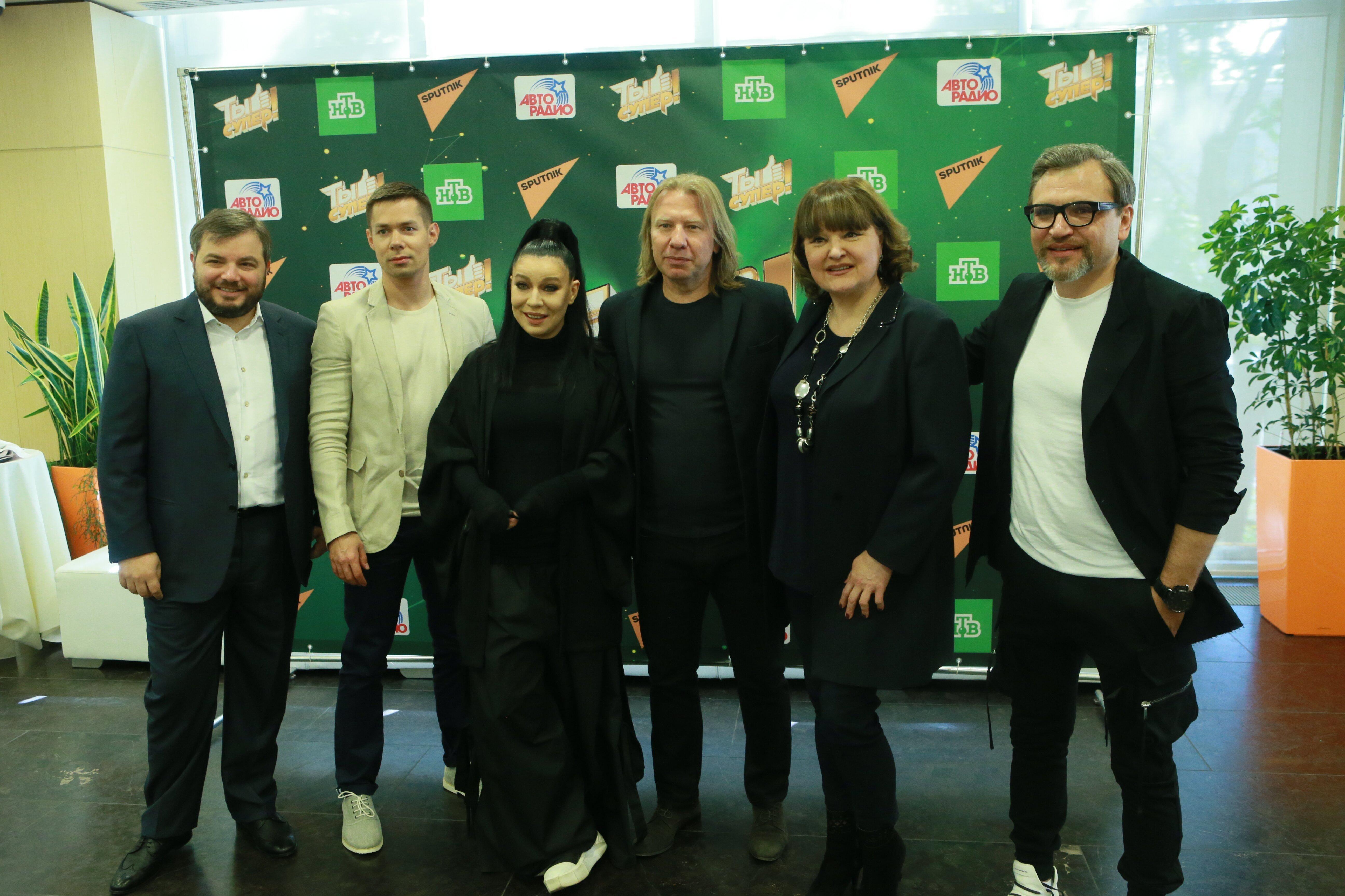 Пресс-конференция финалистов, членов жюри и организаторов шоу Ты-супер!